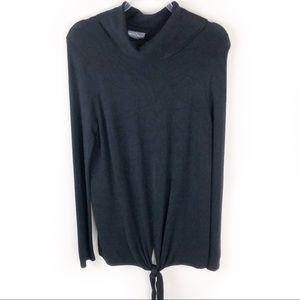 Market & Spruce- Black Turtleneck sweater size: L